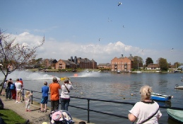 Powerboat Racing Oulton Broad